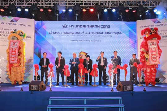 Opening ceremony of Hyundai Hung Thinh (01/2019)