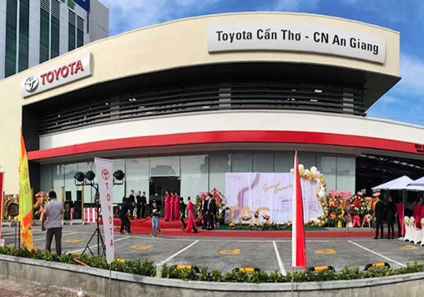 Operating Toyota An Giang officially